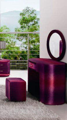 Стол туалетный Татами Queen с пуфом и зеркалом