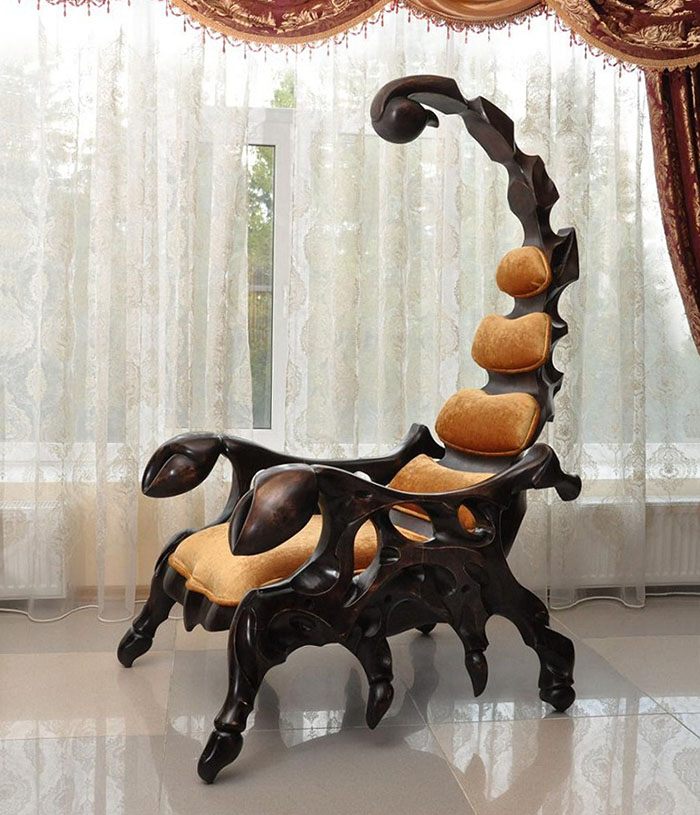 Стул-скорпион