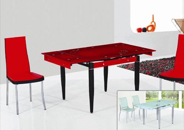 Красный стеклянный стол