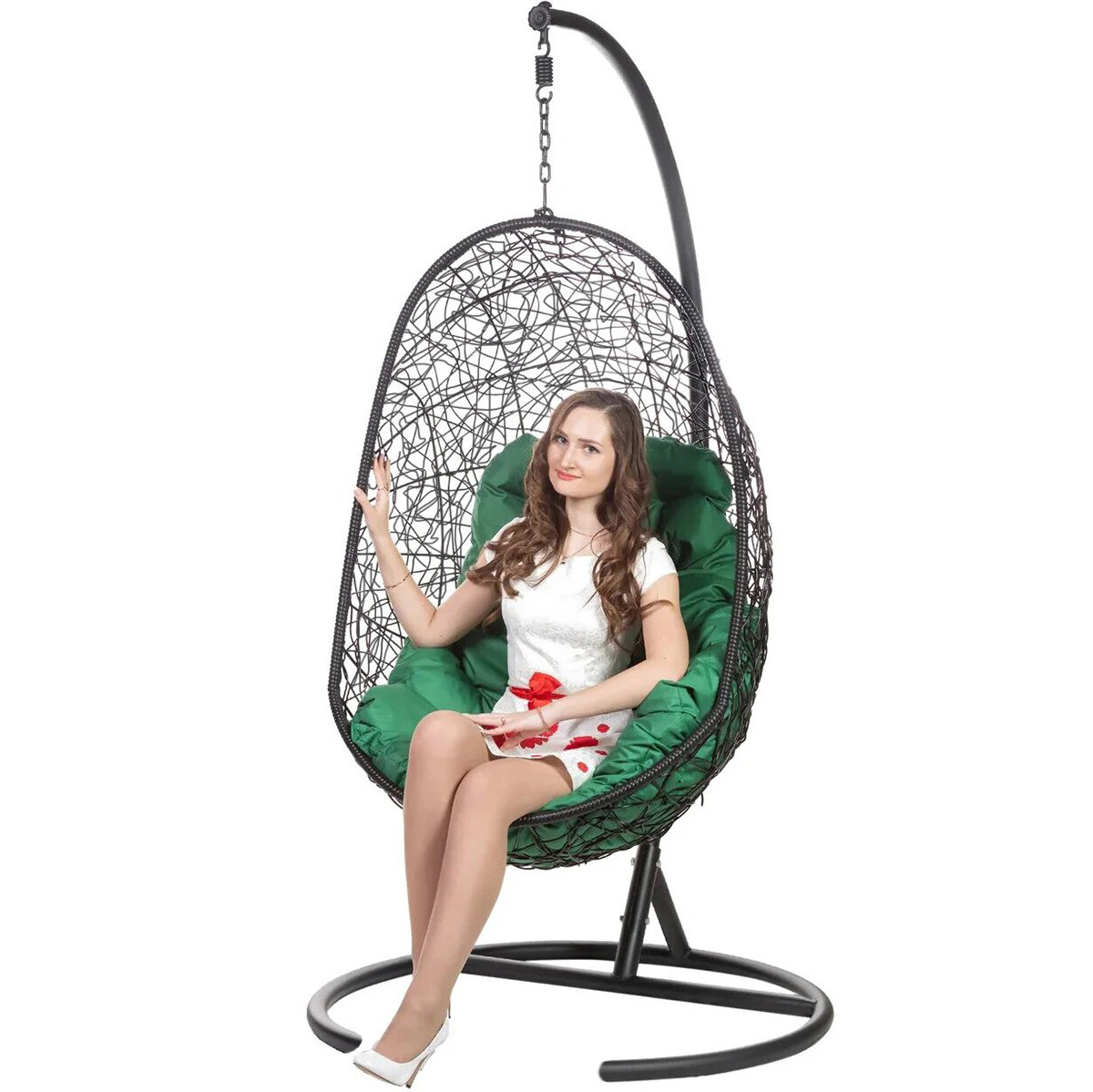 фото подвесное кресло из кадушек днем свадьбы